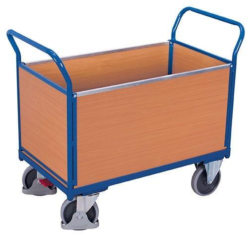 Vierwandwagen mit Holzwaenden