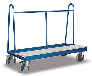 Plattenwagen mit Holzladefläche